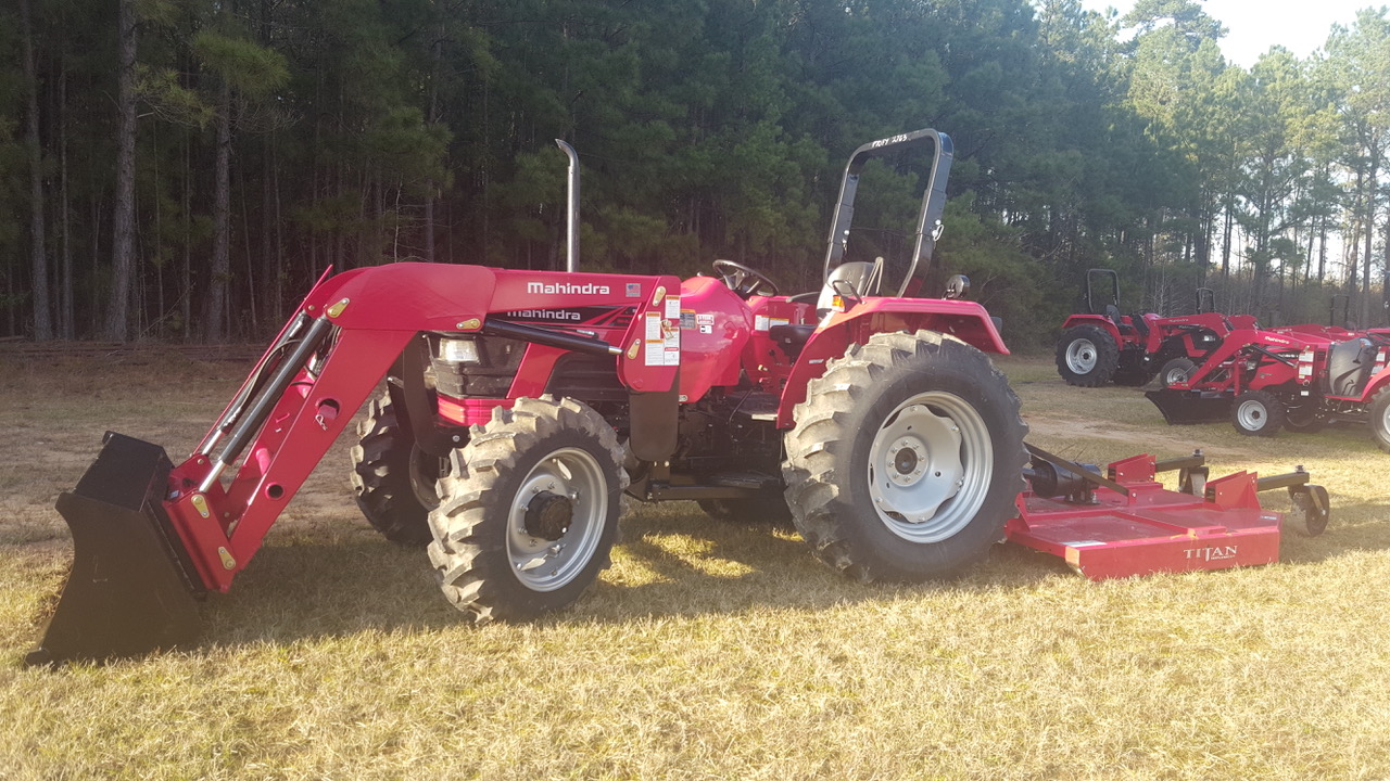 Mahindra 5570 Package Deal - Weeks Tractor